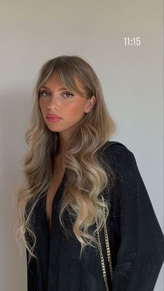 Beauté Blonde, Blonde Hair Looks, Brown Blonde Hair, Platinum Blonde Hair, Brunette Hair, Hairstyles With Bangs, Pretty Hairstyles, Hair Inspo, Hair Inspiration
