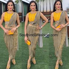 Check out some latest threadwork blouse design to wear on a wedding or any other function. These threadwork blouse designs 2019 will increase the grace of your designer sari and make you look gorgeous. Blouse Back Neck Designs, Saree Blouse Designs, Saree Wearing Styles, Saree Styles, Dhoti Sari, Kalamkari Saree, Indian Designer Outfits, Indian Outfits, Eid Outfits