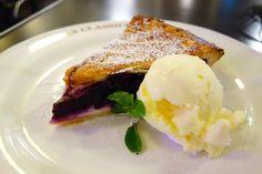 デザートはブルーベリーパイブルーベリーとクリームチーズの甘酸っぱいフィリング最高 #meallog #food #foodporn #tw
