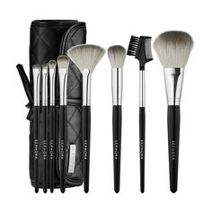 Eight brushes for your cheeks, eyes and complexion comprise this luxury set with a sophisticated, streamlined look.