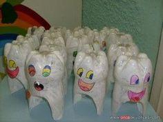Dental Activities for Kids - Todo Sobre La Salud Bucal 2020 Dental Kids, Dental Art, Kindergarten Crafts, Preschool Activities, Healthy Schools, Art For Kids, Crafts For Kids, Dental Health Month, Oral Health