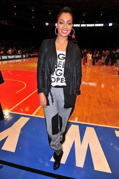 Lala Anthony- LA tank, grey and leather sweatpants' black leather draped jacket Casual Chic Outfits, Casual Chic Style, Celebrity Outfits, Celebrity Style, Diva Fashion, Fashion Trends, Fashion Images, Swagg, Types Of Fashion Styles