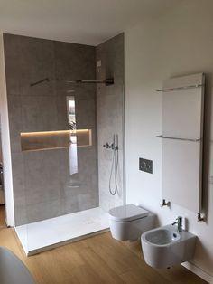Bagno Moderno: Interior Design, Idee e Foto l Modernes Badezimmer: Innenarchitektur, Ideen und Fotos