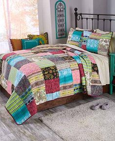 Update your bedroom with the Bohemian Dream Quilt Collection.Theauthentic patchwork designfeatures 10 colorful fashion prints and channel quil
