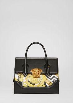 Savage Barocco Print Palazzo Bag - in Tay cầm hàng đầu Versace Handbags, Versace Bag, Purses And Handbags, Luxury Handbags, Guess Handbags, Versace Purses, Versace Fashion, Cheap Handbags, Luxury Bags