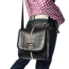 Carl, schwarz - Tasche aus Feuerwehrschlauch von Feuerwear - Unikate aus Feuerwehrschlauch - Das Original seit  2005 auf DaWanda.com