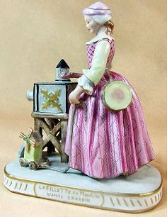 La Fillette au Moulin (The Girl at the Windmill) after the 18th-century French painter Jean Baptiste Chardin. Original French porcelain, circa 1860.  Sizes 15 x 13.5 cm.   http://luikerwaal.com/kunstkitsch_uk.htm