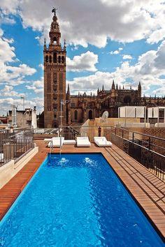 Vistazas de Sevilla desde la terraza del Hotel Eme Catedral