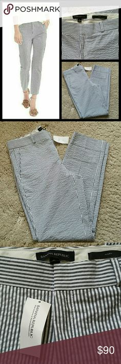 "Banana Republic Avery pants size 4 L NWT Measures : Waist 16"" Rise 10"" Inseam 30"" Fabric: 97% cotton 3% spandex Banana Republic Pants Capris"