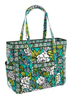 d4993d9ad498 My favorite Vera Bradley tote style - tons of pockets