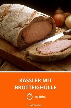 Kassler mit Brotteighülle - smarter - Zeit: 40 Min. | eatsmarter.de