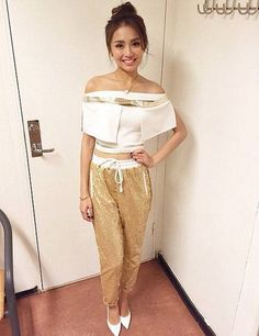 Kathryn Bernardo Child Actresses, Child Actors, Filipina Actress, Daniel Padilla, Cant Help Falling In Love, Kathryn Bernardo, Real Beauty, Queen Of Hearts, Style Icons