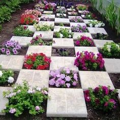 32 Awesome Spring Garden Ideas For Front Yard And Backyard. If you are looking for Spring Garden Ideas For Front Yard And Backyard, You come to the right place. Below are the Spring Garden Ideas For . Unique Gardens, Amazing Gardens, Beautiful Gardens, Back Gardens, Landscaping Tips, Front Yard Landscaping, Jardin Decor, Fleurs Diy, Gravel Garden