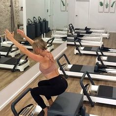 All about that reformer flow Minimal spring change, minimal rest and just flowing fun movement patterns. Get ready to learn some of… Club Pilates, Pilates Reformer Exercises, Pilates Studio, Pilates Workout, Pilates Chair, Chair Yoga, Yoga Positions For Beginners, Pilates Instructor, Boot Camp Workout
