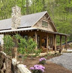 Perfect location, perfe t house :) cute cabin - turns out is is actually a modular home.