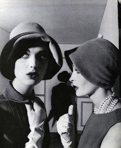 Dorothy McGowan and Sarah Thom, Vogue, 1960 (William Klein)