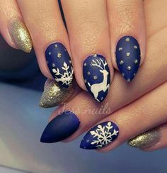 50 Beautiful Stylish and Trendy Nail Art Designs for Christmas Nail Polish Art, Acrylic Nail Art, Xmas Nails, Holiday Nails, Winter Nail Art, Winter Nails, Red Nail Designs, Unicorn Nails, Nail Art Brushes