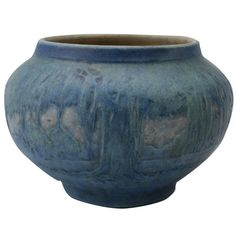Believe this to be a Sadie Irvine piece for Newcomb Pottery