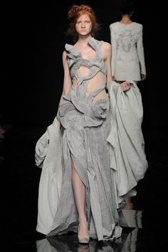 Yiqing Yin Haute Couture