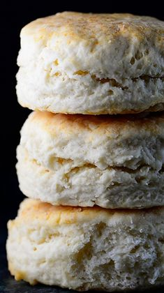 Two Ingredient Cream Biscuit ~ This biscuit recipe uses just two ingredients to produce tender, flaky, and delicious biscuits every time. A cream biscuit recipe definitely is a cook's treasure!