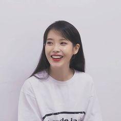 Kpop Girl Groups, Kpop Girls, Korean Beauty, Asian Beauty, Korean Celebrities, Celebs, Iu Fashion, Foto Pose, Korean Actresses