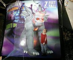 7-Tall-Lighted-Gargoyle-Halloween-Airblown-Inflatable-Lighted-Red-Eyes-Gemmy