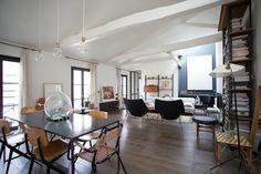 C'est dans le quartier typique du Marais à Paris, que l'architecte d'intérieur Isabelle Masson, de IXM Agence a modernisé et restructuré cet appartement #architecture #deco #vintage #appartement