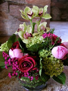 This sweet Aspen client gets pinks and whites in her regular weekly order.