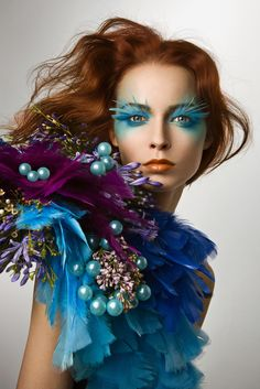 Colour mix - turquoise and purple. Turquoise And Purple, Aqua, Makeup Art, Hair Makeup, Makeup Ideas, Eye Makeup, Fantasy Make Up, Makeup Designs, Costume Makeup