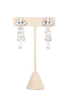50's__Weiss__Rhinestone Fleur Di Lis Clip-on Earrings
