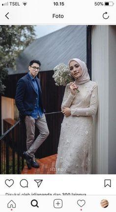Wedding photography poses - Photography wedding poses fun 46 Ideas for 2019 wedding photography Pre Wedding Poses, Wedding Couple Poses, Pre Wedding Photoshoot, Couple Posing, Wedding Couples, Wedding Shoot, Wedding Themes, Party Wedding, Garden Wedding