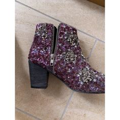 Velvet western boots Free People Purple size 38 EU in Velvet - 9204185 Velvet Color, Purple Velvet, Western Boots, Luxury Consignment, Westerns, Free People, Ankle Boots, Booty, Shoes