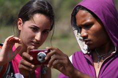 How photography connects us: http://www.teachingtraveling.com/2013/01/05/student-travel-to-india-for-photography-tours/