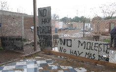 """""""No hay más droga, no moleste"""", el cartel del vecino que se cansó"""