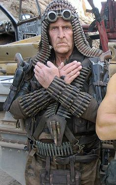 Discover thousands of images about Mad-Max-Fury-Road-Bullet-Farmer-Hands Apocalyptic Clothing, Post Apocalyptic Costume, Post Apocalyptic Fashion, Fallout, Mad Max Fury Road, Vestimenta Burning Man, Mad Max Costume, Steve Costume, Apocalypse Costume