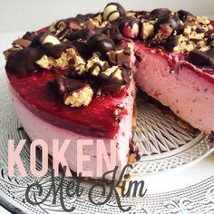 Ja hoor! Kim is weer bezig geweest in de keuken en maakte een Smartbar-taart met de nieuwe Optimel Griekse Stijl in de smaak Bosvruchten: #thankherlater