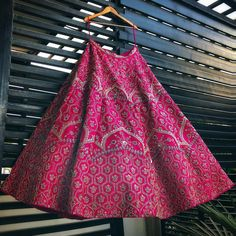 Love this pink embroidered bridal lehenga Indian Wedding Lehenga, Indian Lehenga, Bridal Lehenga Choli, Indian Bridal Outfits, Indian Bridal Fashion, Indian Designer Outfits, Dress Indian Style, Abaya Style, Indian Wear