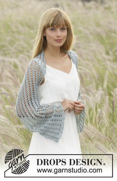 """Dancing Damsel - Crochet DROPS shoulder piece with fan pattern in """"Lace"""". Size S- XXXL - Free pattern by DROPS Design"""
