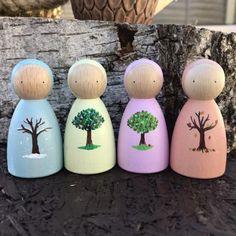 Wood Peg Dolls, Clothespin Dolls, Wood Toys, Doll Crafts, Diy Doll, Fabric Dolls, Paper Dolls, Diy Snowman Decorations, Wooden Pegs