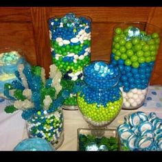 Candy Table    Colors