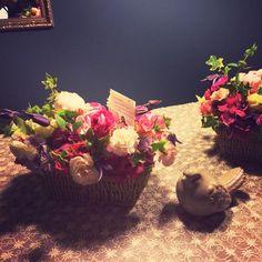 Flower basket flower lesson at Tempting Tulips.