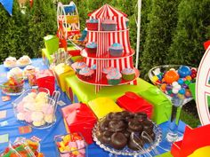 Circus theme birthday party idea