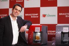 Plataforma de bebidas em cápsulas Brastemp B.Blend fecha parceria com Ambev. Confira na Revista Flashes e Fatos.