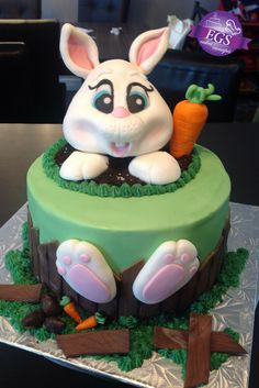 Lapin de Pâques :) Creations, Birthday Cake, Desserts, Food, Rabbits, Birthday Cakes, Meal, Deserts, Essen