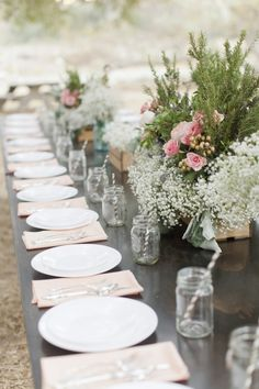 http://www.modwedding.com/2014/10/30/california-wedding-rustic-romance-katie-beverley-jessica-claire-photography/ #wedding #weddings #wedding_centerpiece  Photo: Jessica Claire Photography
