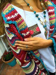 Fashion&Fun in Barcelona with Vivo Soul – onibizaclouds Crochet Saco, Cool Style, Barcelona, Kimono, Sweaters, Cardigans, Life, Fashion, Topcoat