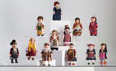 Traditional Wedding, Traditional Outfits, Greek Dress, Playmobil Toys, Popular Toys, Folk Dance, Childhood Toys, Lovers Art, Dancer