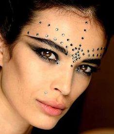 Como Fazer Maquiagem de Cigana Passo a Passo
