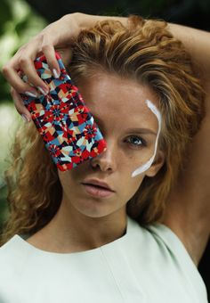 iPhone case designed by Katariina Karjalainen. Iphone Cases, Model, Photography, Beauty, Photograph, Scale Model, Fotografie, Iphone Case, Fotografia