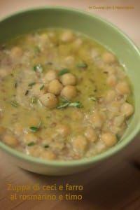 Zuppa di ceci2 Ground Meat Recipes, Veggie Recipes, Soup Recipes, Vegetarian Recipes, Cooking Recipes, Healthy Recipes, Confort Food, Good Food, Yummy Food
